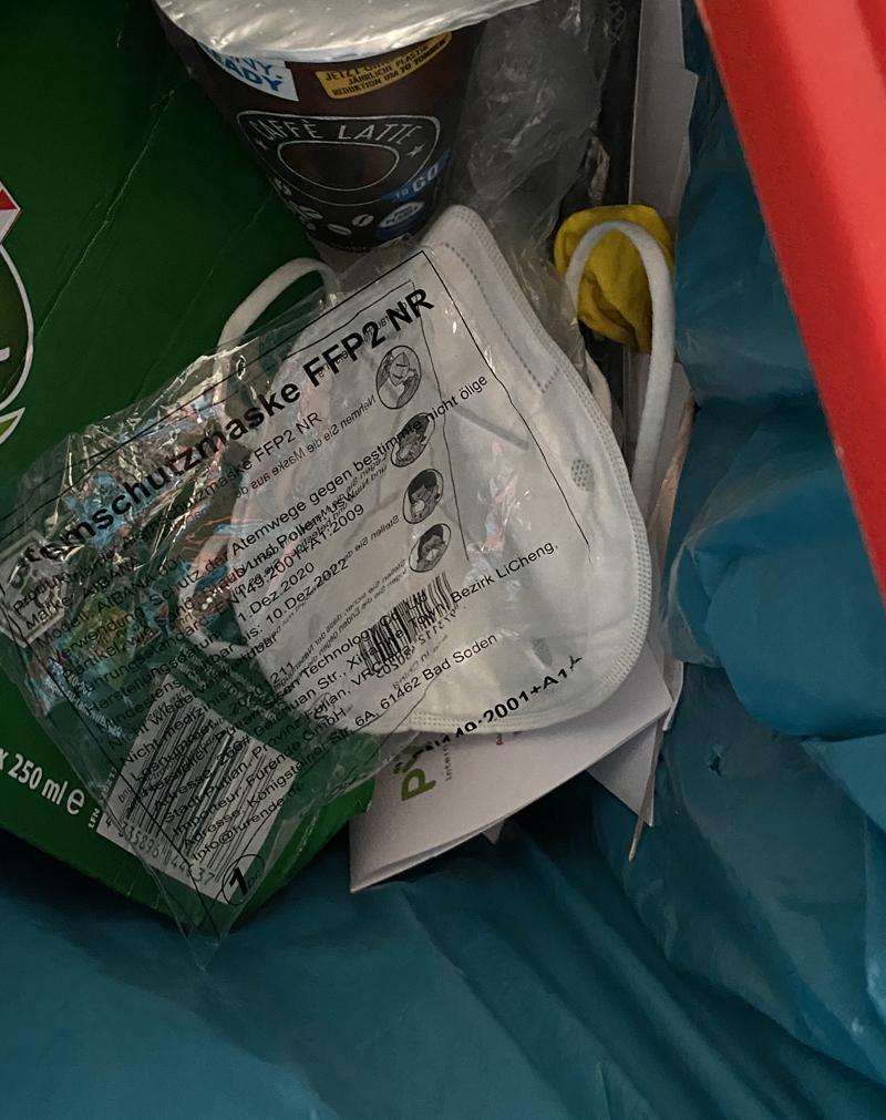 FFP-2 im Müll